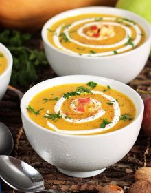 Apple Butternut Squash Soup | TheSuburbanSoapbox.com