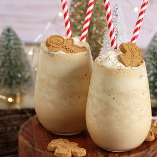 Easy Gingerbread Cheesecake Smoothie Recipe and a Giveaway