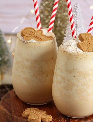 Easy Gingerbread Cheesecake Smoothie Recipe | TheSuburbanSoapbox.com
