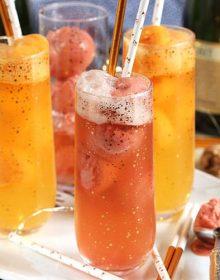 Easy Mimosa Float Recipe | TheSuburbanSoapbox.com