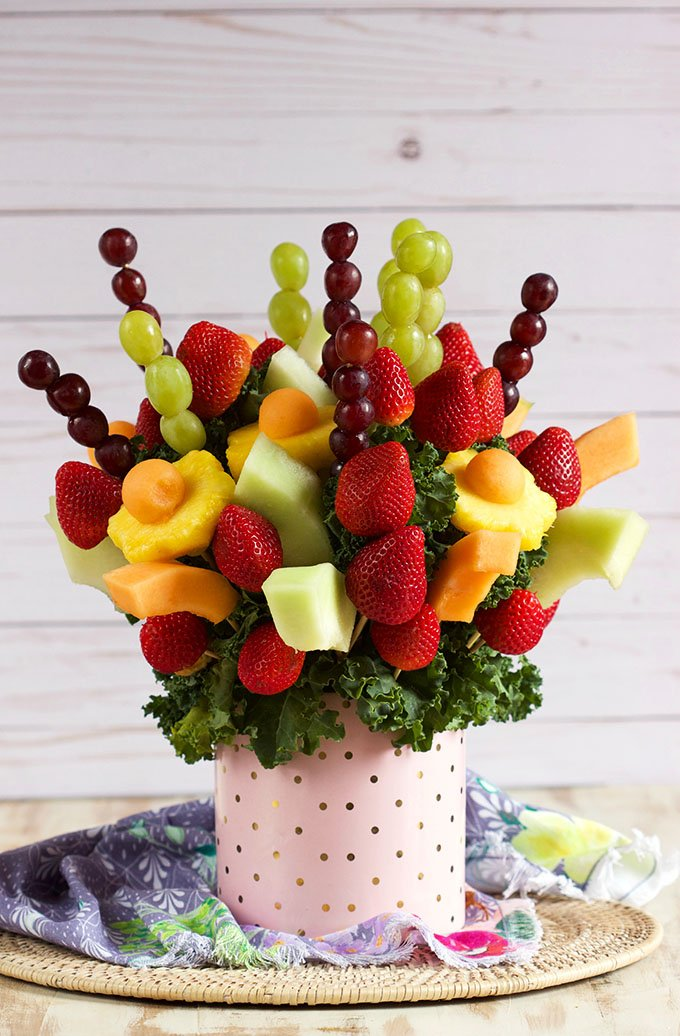 How to Make an Edible Fruit Bouquet // Video - The Suburban Soapbox