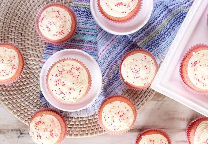 Pink Champagne Cupcakes with Cream Cheese Frosting recipe | theSuburbansoapbox.com