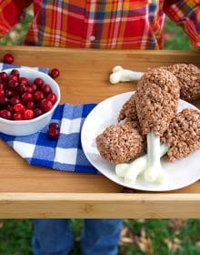 Easy Rice Krispie Treat Turkey Legs | theSuburbansoapbox.com
