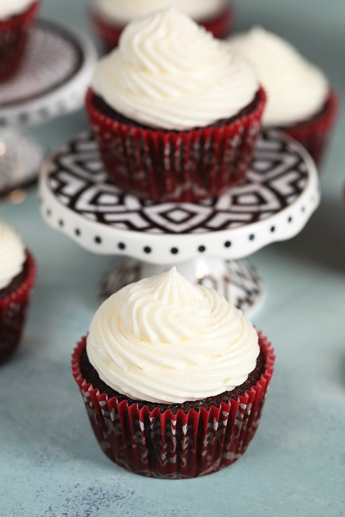 Easy Whipped Cream Cheese Frosting Recipe - The Suburban ...